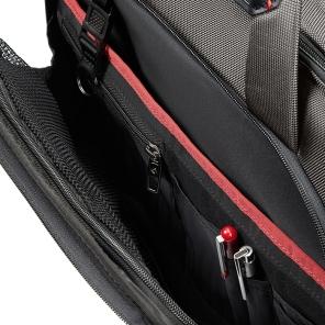 product-highlight_large-zipped-pocket_58979-0555